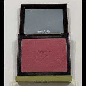 Gently used Tom Ford blush - Disclosure